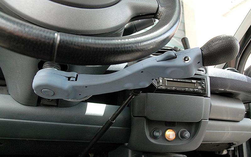 D907FV جهاز قيادة يدوي لذوي الاحتياجات الخاصة وكبار السن